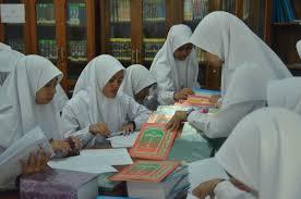 Kemenag: Madrasah Boleh Tarik Dana Dari Masyarakat