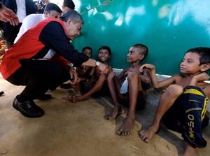 Malaysia akan Bangun Rumah Sakit Lapangan untuk Pengungsi Rohingya