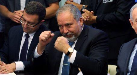 Menteri Pertahanan Israel Serukan Boikot Ekonomi Warga Arab