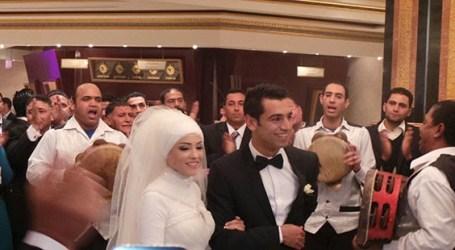 Isteri Bintang Liverpool Mohamed Salah Setia Berhijab