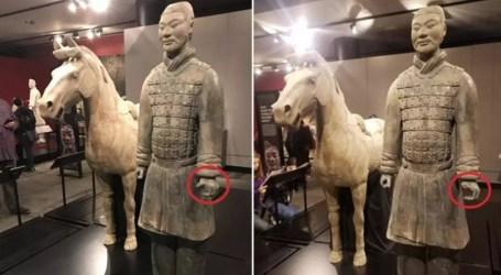 Cina Desak AS Tindak Keras Pencuri Jempol Patung Prajurit Terakota