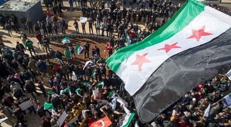 Penduduk Tal Rifaat Demonstrasi Minta Turki Bebaskan Wilayah Mereka