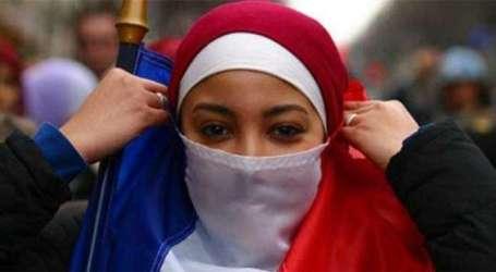 Perancis Tolak Kewarganegaraan Buat Muslimah Tolak Jabat Tangan Pria