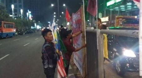 Bendera Asian Games 2018 dengan Bambu Dipasang Lagi