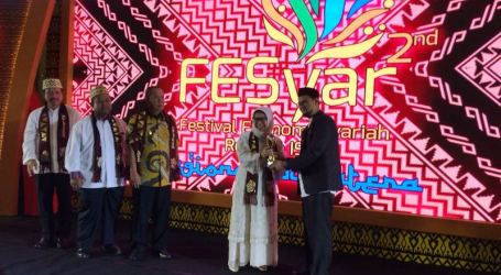 M Yasir Yusuf Tokoh Ekonomi Syariah Sumatera 2018