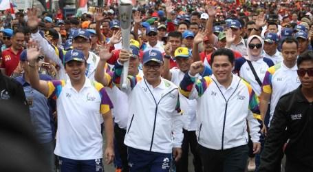 Ribuan Masyarakat Ramaikan Prosesi Kirab Obor Asian Games di Lampung