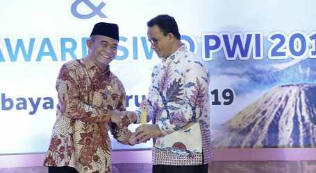 Pemprov DKI Raih Golden Award SIWO PWI 2019