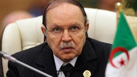 Bouteflika Mundur dari Pencalonan Presiden dan Tunda Pemilihan