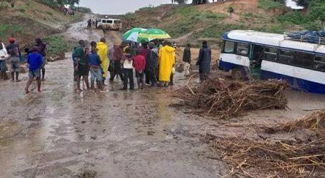 Lebih dari 100 Orang Meninggal Setelah Topan Hantam Mozambik dan Zimbabwe