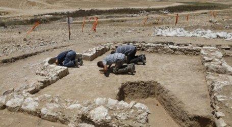 Arkeolog Temukan Reruntuhan Masjid Berusia 1.200 Tahun di Israel