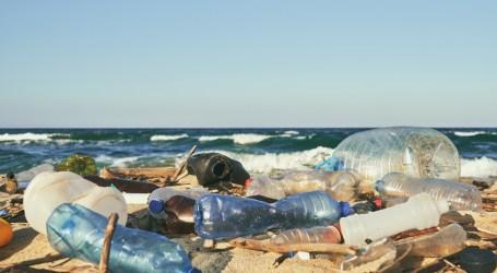 DLH DKI Ajak Masyarakat Kurangi Penggunaan Plastik Sekali Pakai