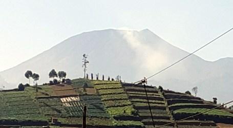 Status Gunung Slamet Naik Jadi Waspada