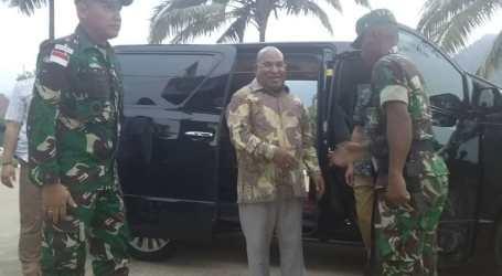 Gubernur Papua Kunjungi Mako Satgas Pamtas 713 Pastikan Keamanan Perbatasan