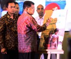 JK Terima Penghargaan Bidang Kemanusiaan dari PKPU Human Initiative