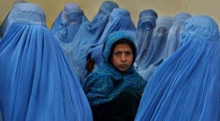 Papan Reklame Perempuan Wajib Berjilbab di Afghanistan Picu Kontroversi