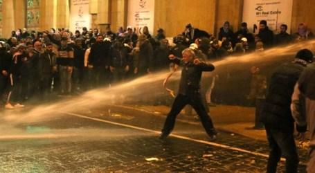 Demonstrasi Kekerasan Sambut Hari Pertama Pemerintah Baru Lebanon