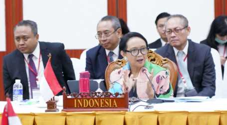 Menlu RI Ajak ASEAN, RRT Kolaborasi Hadapi Virus Corona