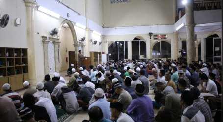 Warga Cileungsi Ikuti Gerakan Subuh Makmur Bela Al Aqsa