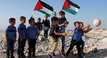 Biro Statistik : Setengah Penduduk Palestina Adalah Anak-anak
