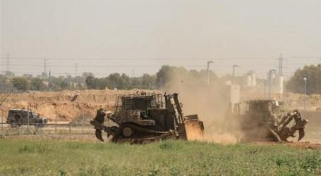 Buldozer Militer Israel Serang Petani Gaza