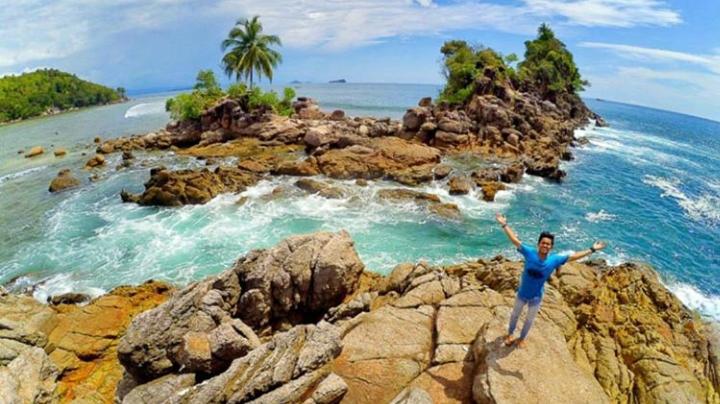 Tempat wisata di pesisir selatan