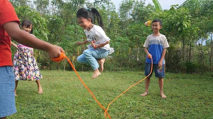 Permainan anak-anak Minangkabau