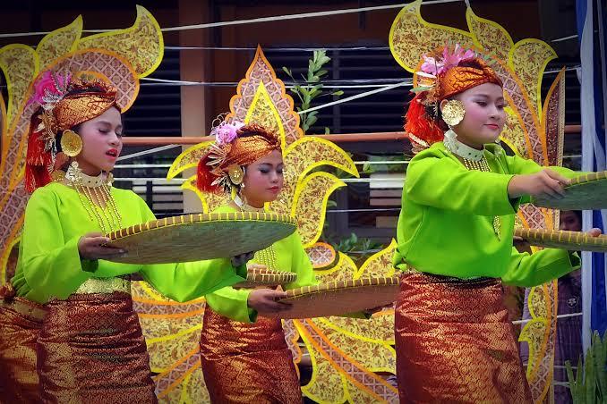 Tari Nyiru berasal dari Minangkabau
