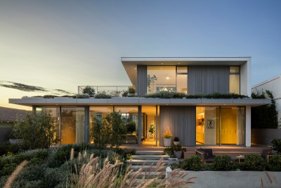 Hermosa Beach residence built by Minardos Group