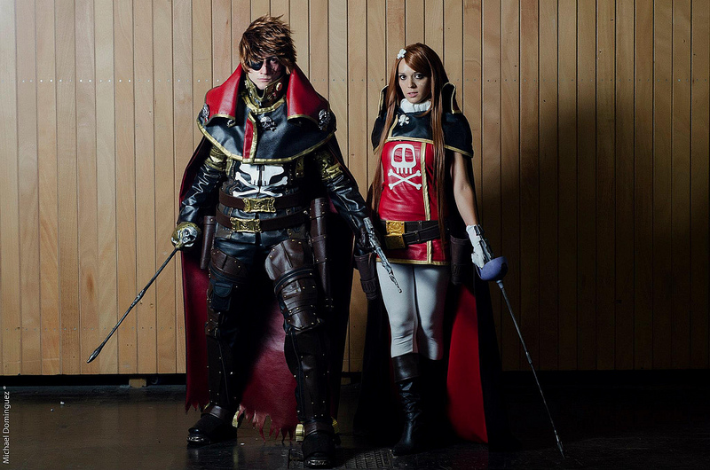 cosplay_space_pirate_captain_harlock_by_cosplayquest_emeraldas