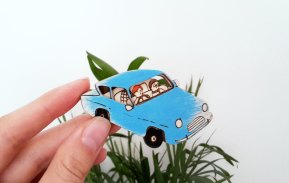 pins-flyingcar-hp