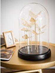 cloche-en-verre-avec-papillons-dores