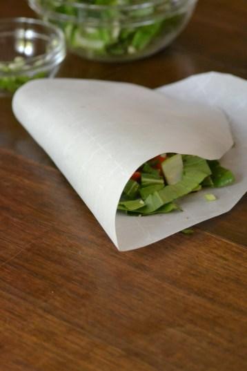 Folding the Parchment Paper Package (www.mincedblog.com)