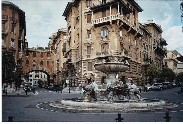 roma-fontana-del-quartiere-coppede-46c36e8d-4ab0-41c9-bcdb-9bc0c85a393a
