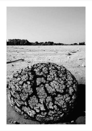 I 23 Totem ligneo pluristratificato di sabbia cm. 100x150