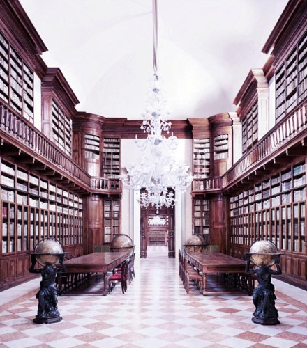 biblioteca-teresiana-mantova.jpg
