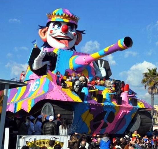 Carnevale-Viareggio-1.jpg