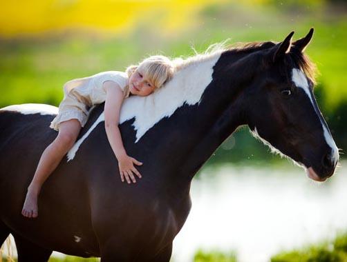 bambini-a-cavallo