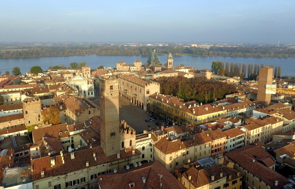 Mantova vista dall'