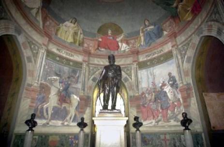 Rocca di San Martino-interno