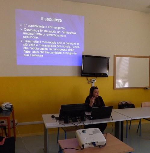 conferenza con la criminologa Lara Facchi.jpg