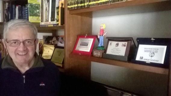 Montorio con alcuni dei tanti riconoscimenti ottenuti.jpg