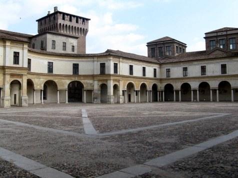 Piazza_Castello__Mantova