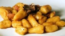 gnocchi-di-patate-al-tartufo-nero