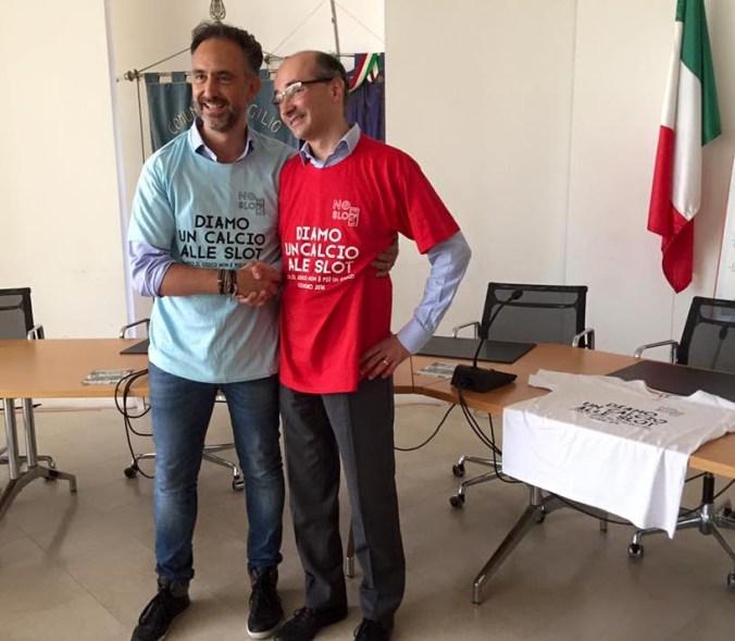 da sx i sindaci Alessandro Beduschi e Claudio Terzi