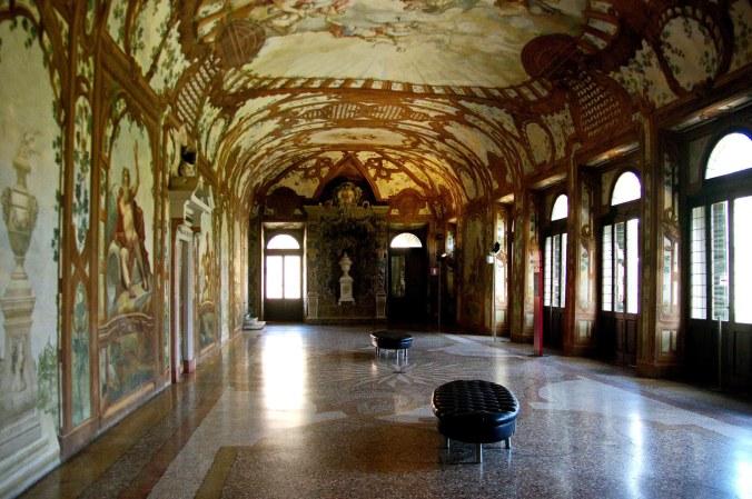 da web mantova-palazzo-ducale-sala-dei-fiumi.jpg