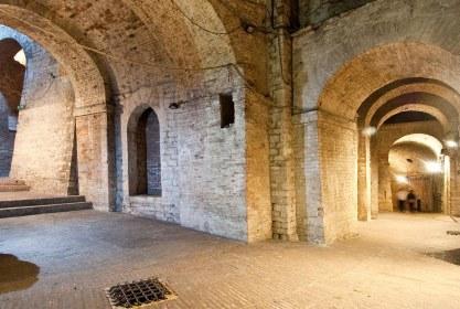 Perugia-sotterranei-Rocca-Paolina-3.jpg