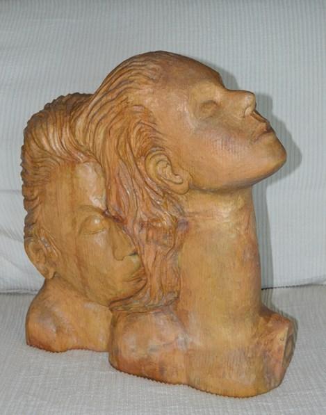balestrieri-anna-intimita-scultura-in-legno-2013-38x34x13