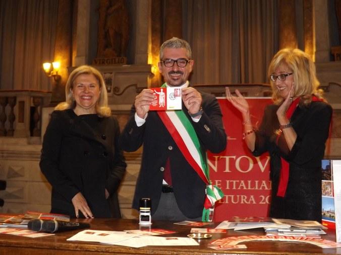 il-sindaco-e-il-francobollo-1