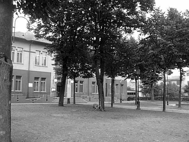 008 La scuola elementare.jpg