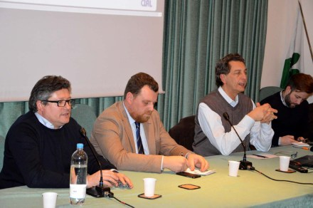 tavolo-dei-relatori